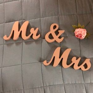 Mr & Mrs Sweetheart Table Signs Rose Gold Metallic